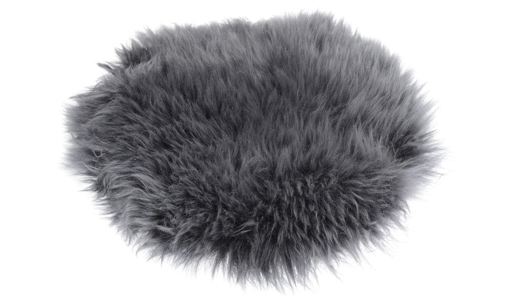 Langhåret rund stolpute i fåreskinn - antrasitt