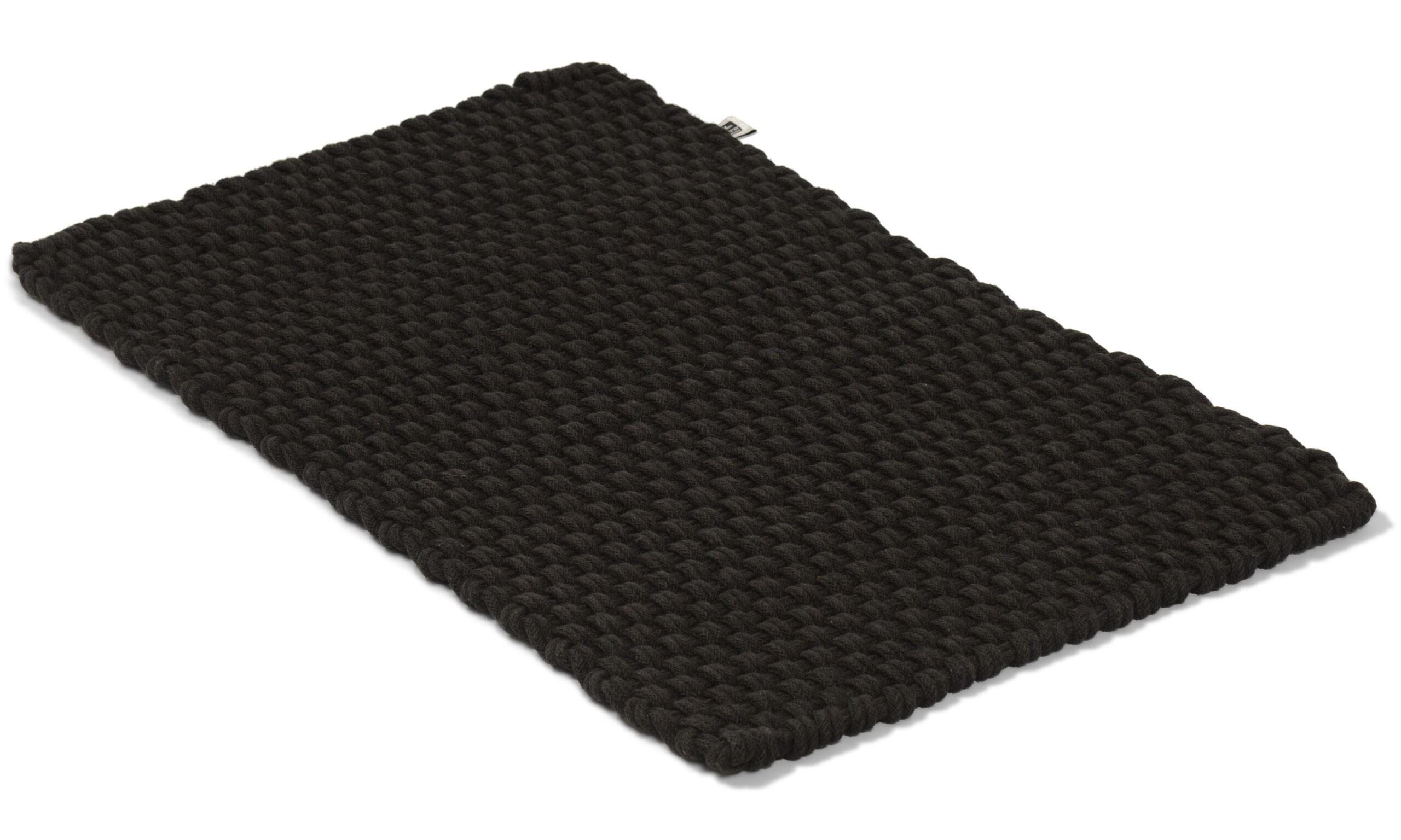 Rope ensfarget svart
