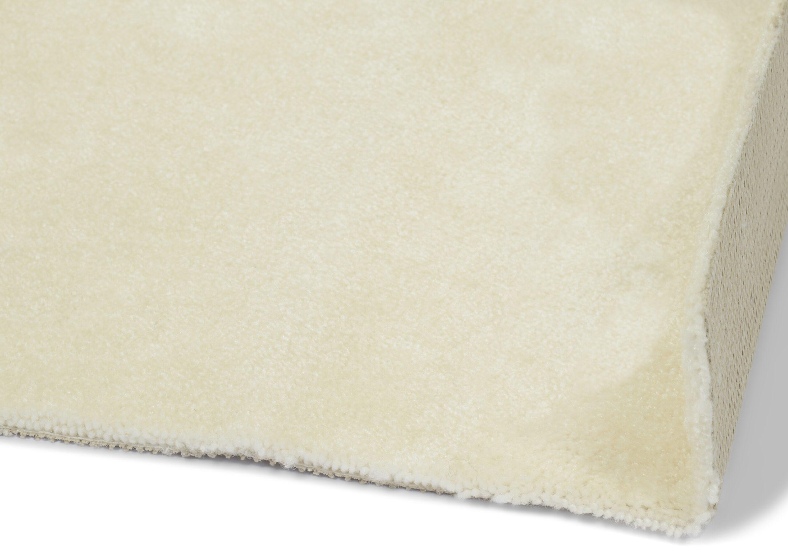 Nice hvit - vegg-til-vegg-teppe
